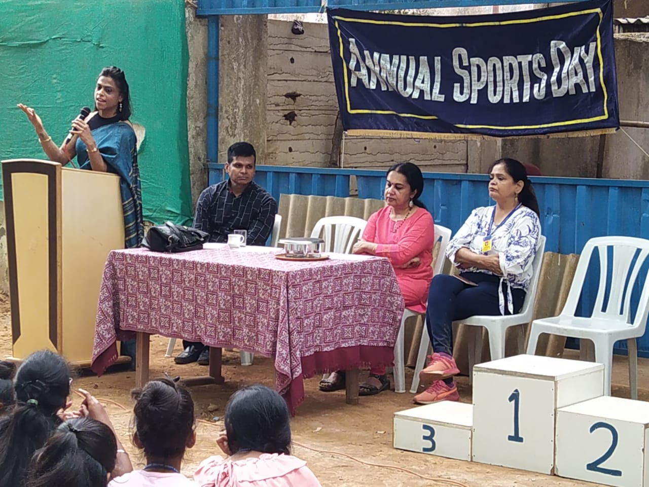 On occasion of Annual Sports Festival Chief guest Ms. Deepa Sapre, Sports Nutritionist & Fitness Athlete was invited.
